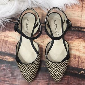 NEW Aldo Black and White Strappy Flats